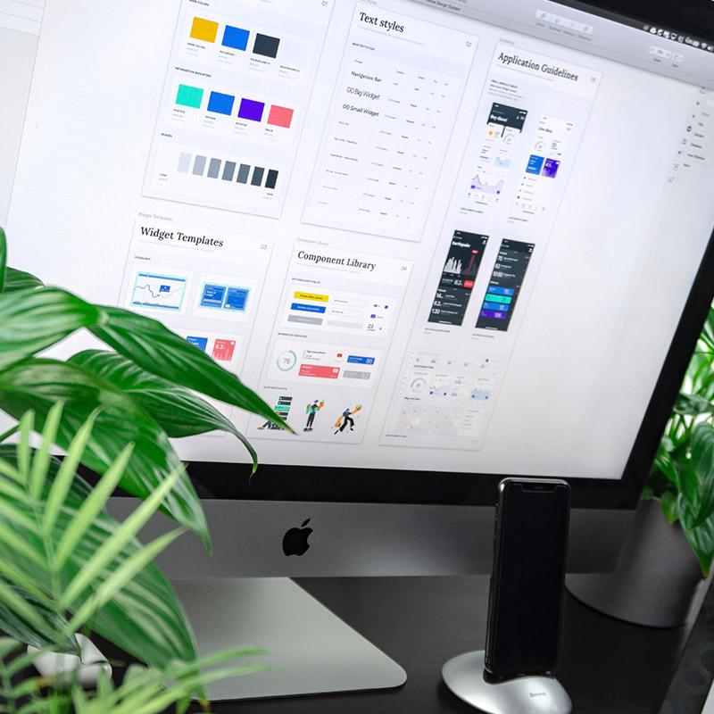 Ein Analysetool auf einem PC-Bildschirm. Deutet die Analyse der Positionierung für Kunden auf dem jeweiligen Markt an, welche eine wichtige Rolle spielt.