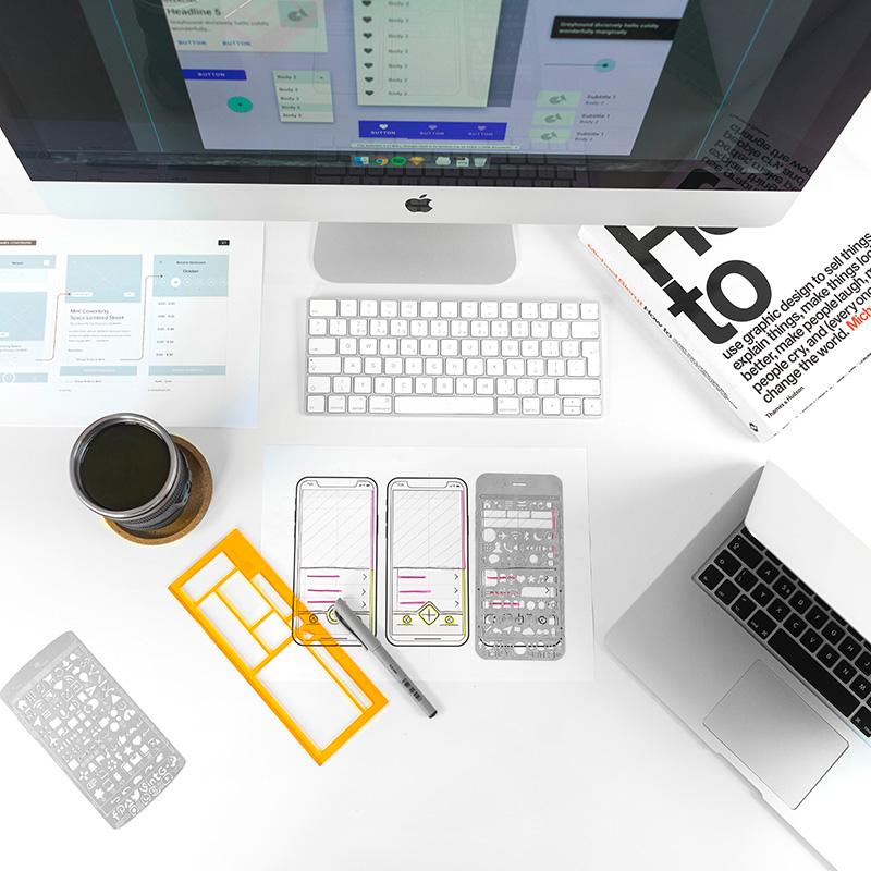 Gezeigt werden Elemente, die zur Umsetzung von digitalen Strategien verwendet werden.